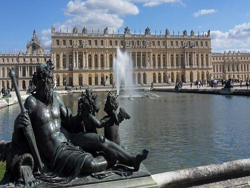 Versailles Chateau Jardins